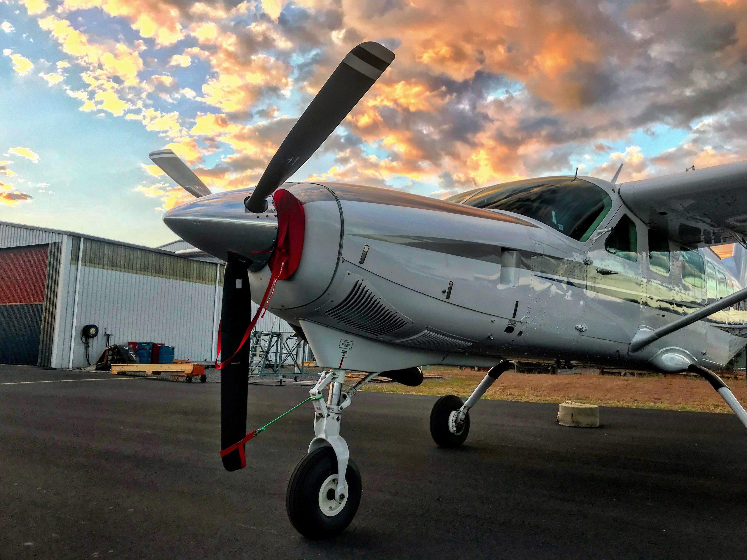 Warnervale charter flights